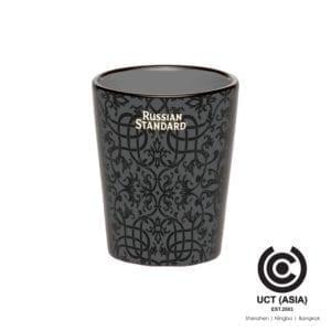แก้วช็อตเซรามิกรัสเซียที่มีตราสินค้า